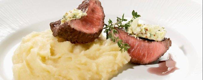 Шатобриан с пряным картофельным пюре и фуа-гра