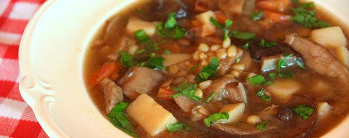 Суп из белых грибов с перловкой