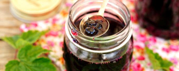 Варенье из черной смородины в мультиварке