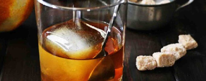 Коктейль Irish Old Fashioned