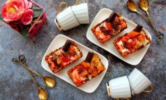 Медово-овсяные корзиночки с консервированными фруктами