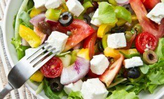 Критский салат